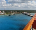 Cruise Passengers Jump from Sinking Shore Excursion Boat in Cozumel
