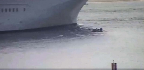 Cruise Ship Avoids Hitting Small Dinghy by Meters