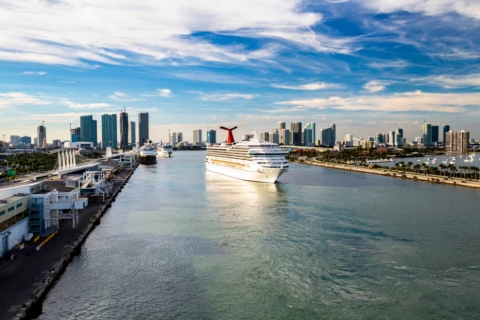 Major Florida Cruise Port Extends Waiver on Docking Fees